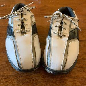 Big Boys size 6 Footjoy golf shoes EUC